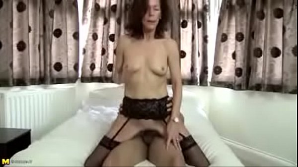 Real mom, Mom fuck son, Mature mom, Young son